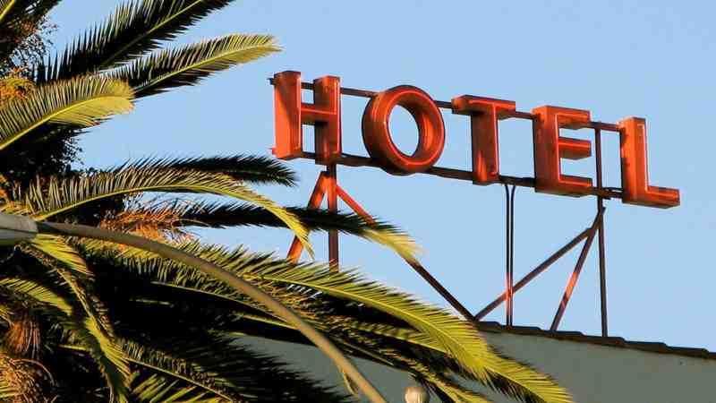 ¿Cómo encontrar los hoteles más baratos?